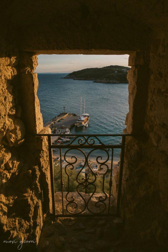 Vacanza in Italia alle Isole Tremiti - Scorcio sul Caicco - Nuovi Giorni Blog