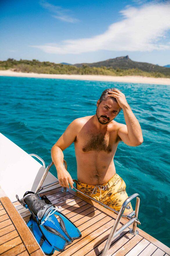 Tralicetu Beach Corsica Viaggio Nuovi Giorni Blog boy coming out of the water