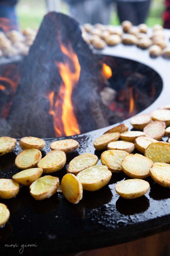 Ofyr Cottura Fiamme Legna Vacanza Barbecue Campfire Lodge di Marco Agostini