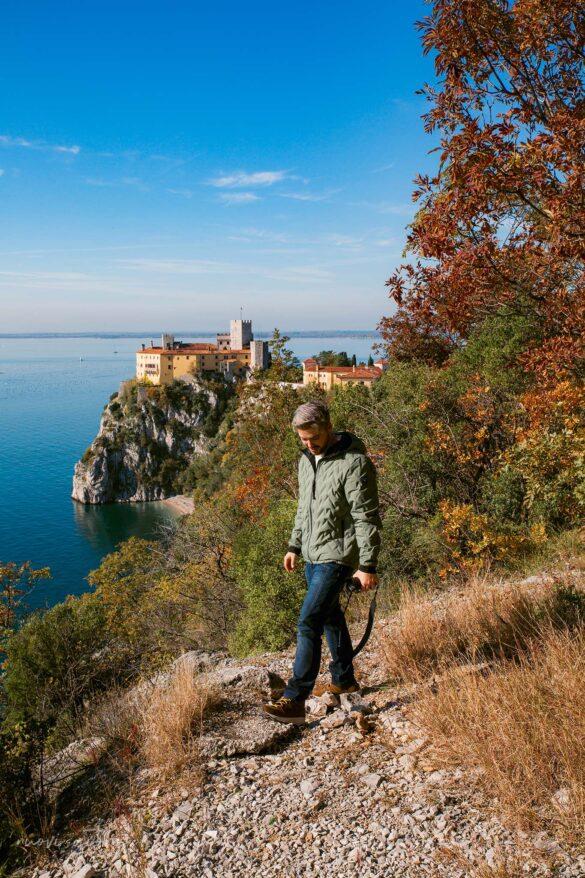 Sentiero Rilke-Trieste-Nuovi Giorni Blog-Castello-Duino-Ragazzo